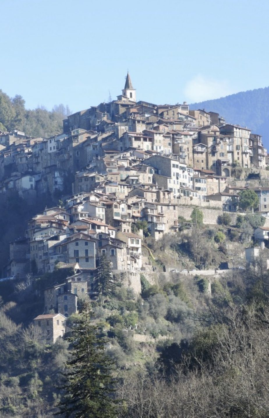 October 2019 – Guided tour and lunch in the medieval village of Apricale, Italy